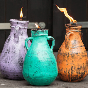 Terracotta en klei tuinfakkels