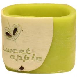Groene appel geurende vierkante wax windlicht 95/130/130 (incl. 1 stuks 3 uurs theelicht)
