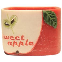 Rode appel geurende vierkante wax windlicht 95/130/130 (incl. 1 stuks 3 uurs theelicht)