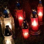 Grafkaarsen: lichtjes om een verlies te verwerken